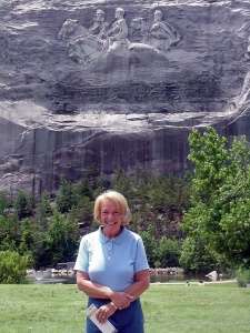 stone mountain senior singles Search for local senior singles in stone mountain online dating brings singles together who may never otherwise meet it's a big world and the seniorpeoplemeetcom community wants to help.