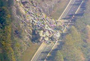 The rock slide on I-40, October 25, 2009.  Photo by wpsa.com
